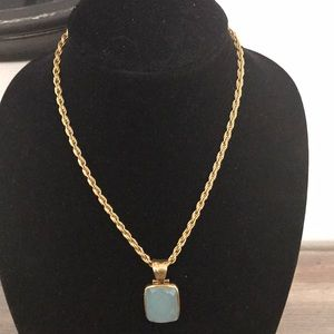 Simply stunning seaglass pendant and rope chain.